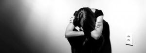 4 ερωτήσεις για να κάνετε στον εαυτό σας όταν αισθάνεστε καταθλιπτικοί