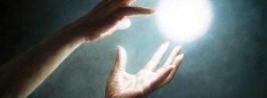 Ο νόμος της έλξης και 10 τρόποι για να τον φέρεις στη ζωή σου
