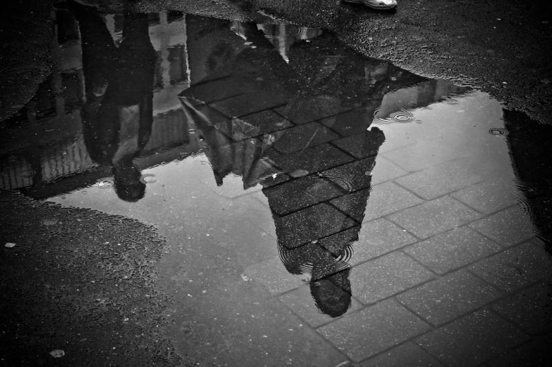 Κάθε άτομο που συναντάς είναι ένας καθρέφτης για να δεις την αντανάκλαση της ψυχής σου