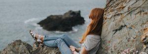 Αρνητική ενέργεια: Πώς θα την ξεφορτωθείς με απλούς και πρακτικούς τρόπους