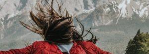 5 λόγοι για τους οποίους οι δυνατοί άνθρωποι αφήνουν το κάρμα να εκδικηθεί
