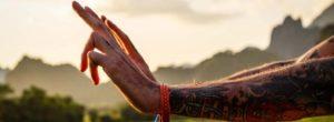 Εννέα πολύτιμα μαθήματα από τον Wayne Dyer που μπορεί να σου αλλάξουν τη ζωή
