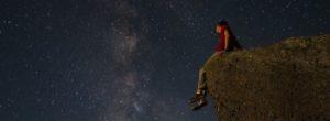 Έχω και εγώ ένα σωρό απωθημένους ουρανούς… Μα δεν σκοτώνω άστρα: Κική Δημουλά