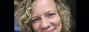«Πάντα να τρώτε πρώτα το επιδόρπιο»: Οι συμβουλές ζωής που έδωσε μια συγγραφέας λίγο πριν πεθάνει από καρκίνο του εγκεφάλου